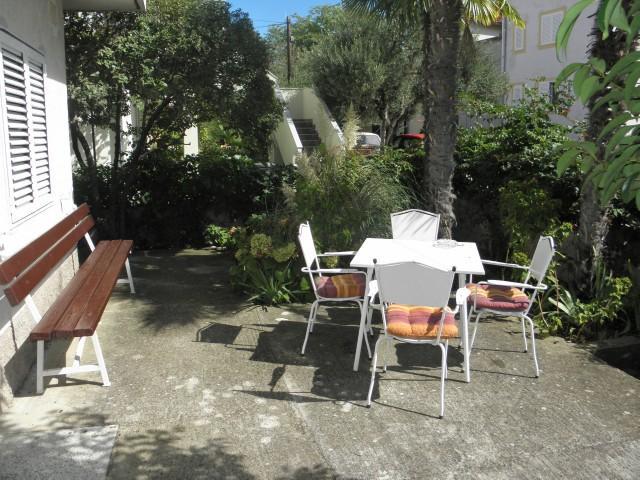 Apartments Miroslava - 10581-A3 - Image 1 - Vodice - rentals