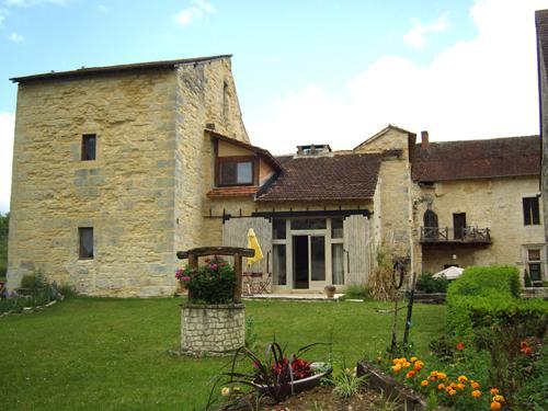 FACADE AILE OUEST - 2 bedroom gite in chateau lot France - Cambounet-Sur-le-Sor - rentals