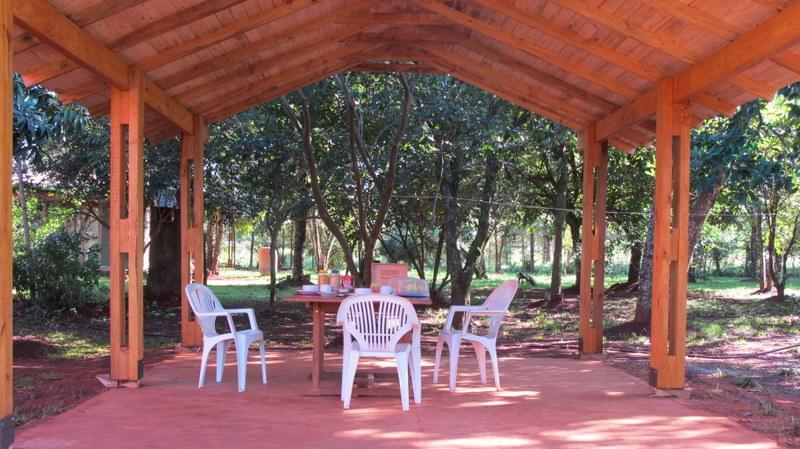 Space to have dinner and breakfast outside - Casa Yaguarete B&B - Puerto Iguazu - rentals