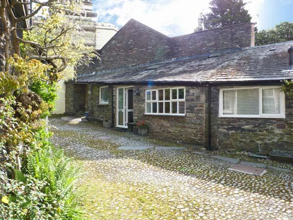 10 CROFT COURTYARD, romantic retreat, next to river, beautiful countryside, near Ambleside, Ref 26484 - Image 1 - Ambleside - rentals