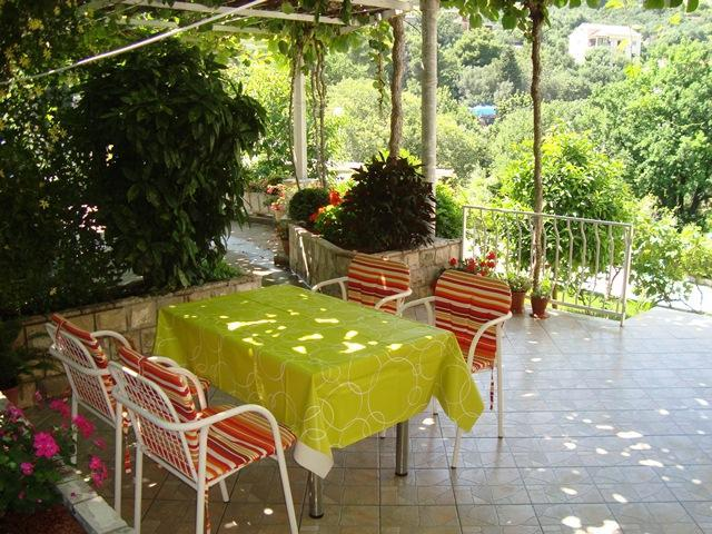Tarace - Cute Apartment with Nice Porch near Dubrovnik - Dubrovnik - rentals