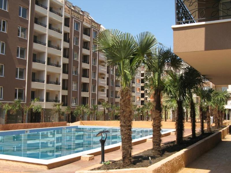 The pool - One bedroom fully equipped apartment. Sleeps 4 - Burgas - rentals
