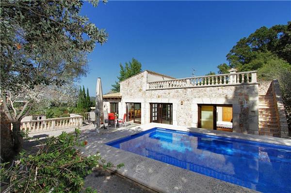 4 bedroom Villa in Pollensa, Mallorca, Mallorca : ref 2233568 - Image 1 - Pollenca - rentals