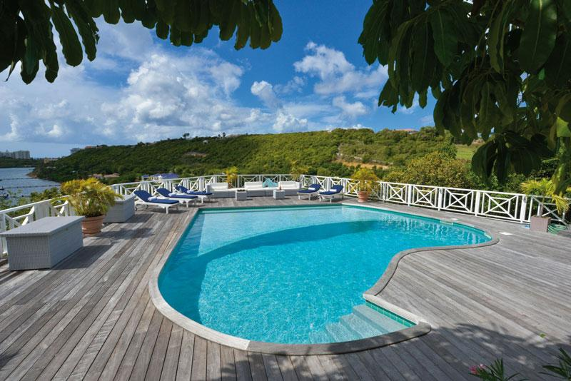 Grand View - Ideal for Couples and Families, Beautiful Pool and Beach - Image 1 - Terres Basses - rentals