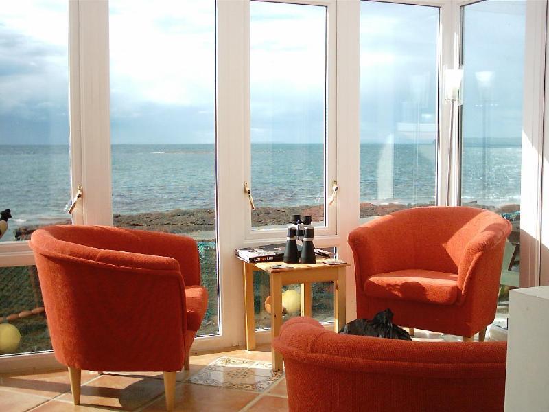 Sea views - SHOREHAVEN: 3  bedroom 2 bathroom Seaside  cottage - Quilty - rentals