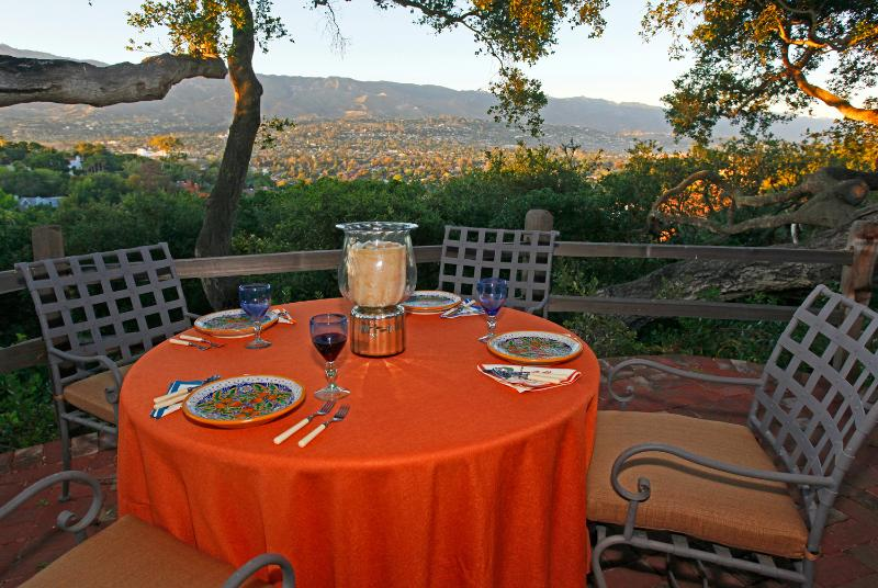 Welcome to Hill Top Adobe! - Santa Barbara Hilltop Adobe! - Santa Barbara - rentals