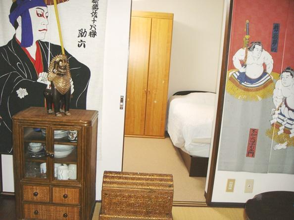Viewing bedroom - 40 sq.meter Private Apartment in central Tokyo - Shinjuku - rentals