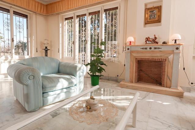 Living Room - Trastevere-Luminous Apt.190m² Balcony/WiFi/Parking/Lift/3BR/2BA - Rome - rentals