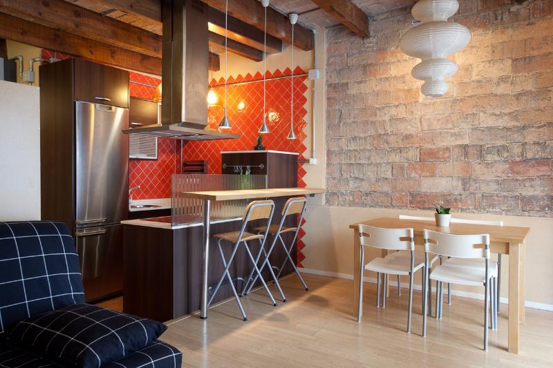 Botella Ramblas - private terrace and airco - Image 1 - Barcelona - rentals