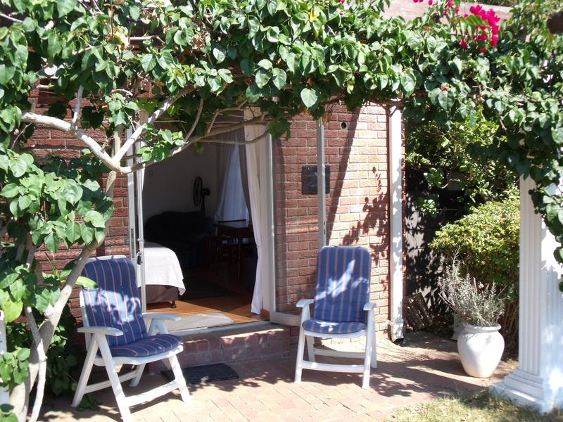 Sunbird Patio & Entrance - Sunbird B&B Suite - Constantia - rentals