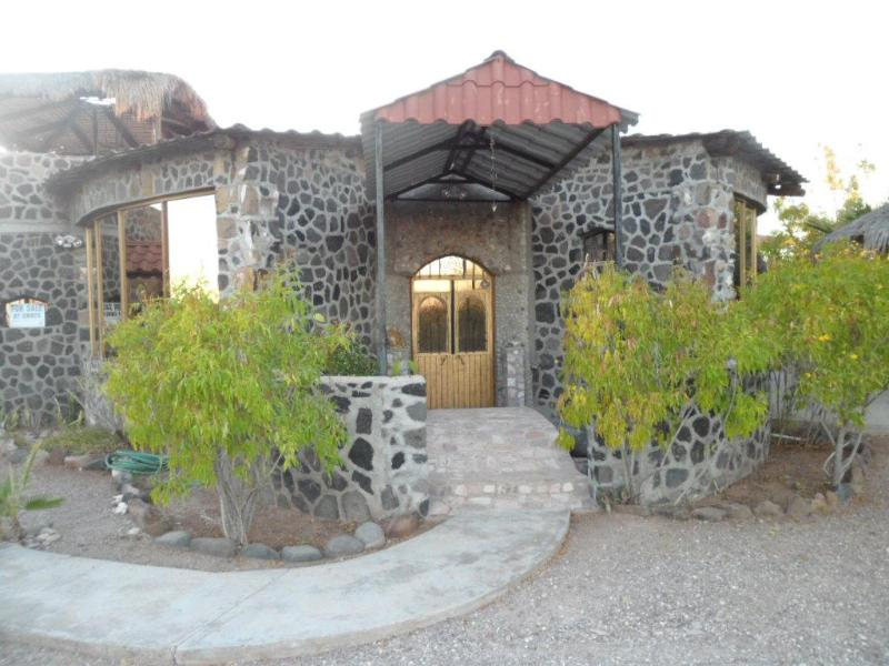 The front of the Shell Castle - The Amazing and Unique Shell Castle in quiet, scen - San Carlos - rentals