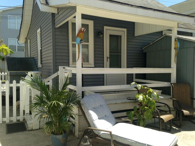 Summer Cottage/Front Porch - Take an 'Off Season' Holiday in Ocean City NJ - Ocean City - rentals