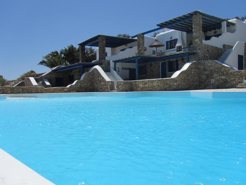 Exterior and large infinity shared pool - Villa Elia,Modern Elegant SeaView Villa Uphil Elia - Elia Beach - rentals
