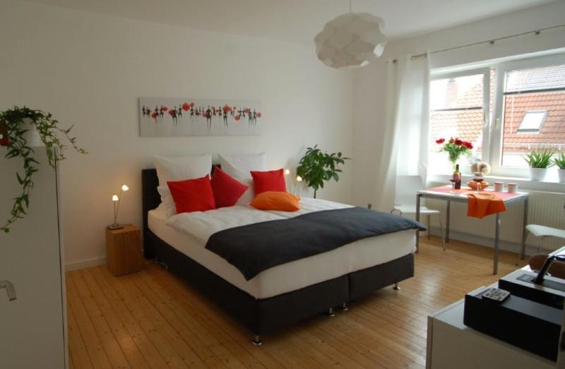 Vacation Apartment in Hannover - 355 sqft, modern, stylish, central, quiet (# 3970) #3970 - Vacation Apartment in Hannover - 355 sqft, modern, stylish, central, quiet (# 3970) - Hannover - rentals
