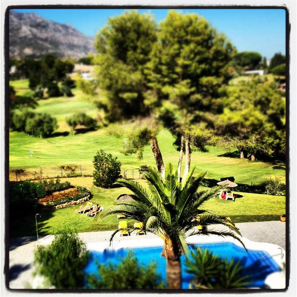 Frontline Aloha Golf with spectacular golf view! - Image 1 - Marbella - rentals