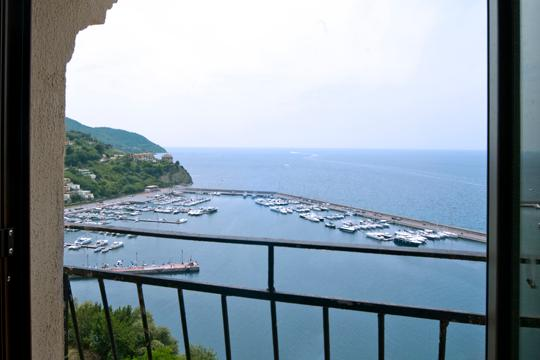 View through the window of the Stella apartment - From our terrace a beautiful view of Amalfi coast - Agropoli - rentals