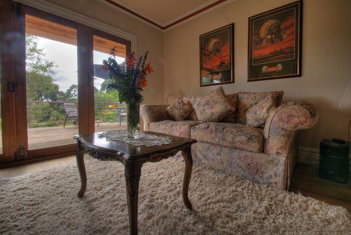 The Peppermint Springs Deluxe Suite - Image 1 - Daylesford - rentals