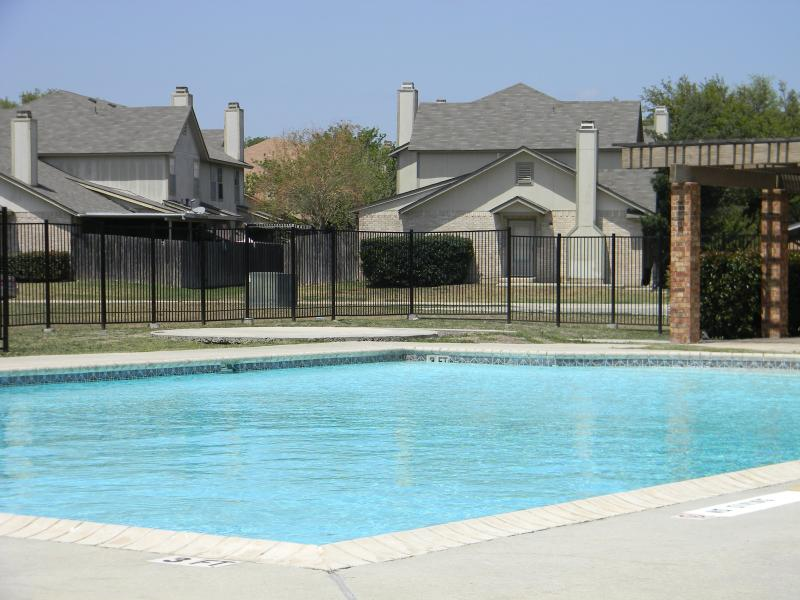 Contemporary Two-Story Condo. Welcome BMT families (8.3 miles from Lackland AFB) - Image 1 - San Antonio - rentals