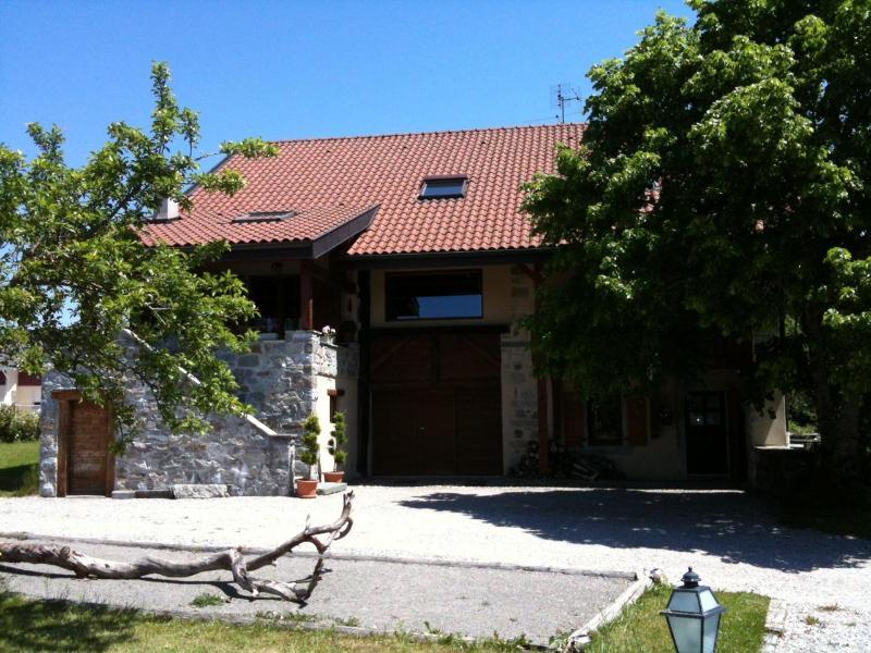Summer at the Farm - Renovated Luxury Farmhouse Flat - Haute-Savoie - rentals
