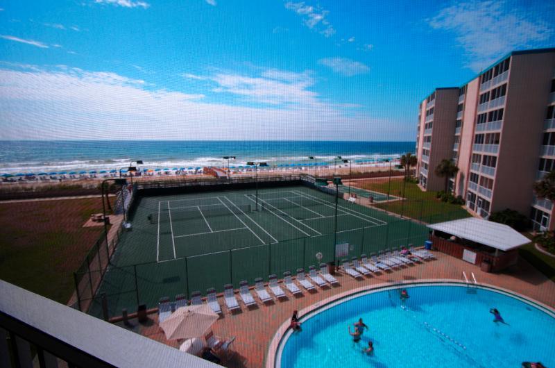 Hol. Surf & Racquet Club 416 - Book Online! Fourth Floor Pool & Gulf Views on Holiday Isle! Buy 3 nights or more get 1 FREE thru Feb 2015! - Image 1 - Destin - rentals