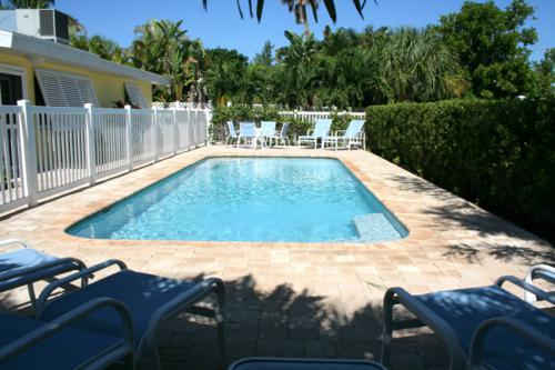 Pool 1 - YELLOWBIRD COTTAGE  A - Anna Maria - rentals