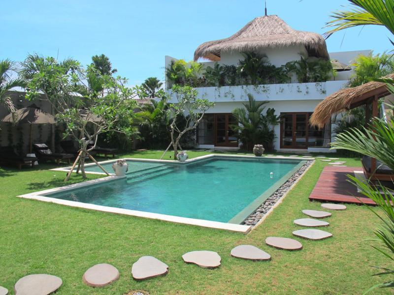 Semiyak Villa 3395 - 6 Beds - Bali - Image 1 - Seminyak - rentals