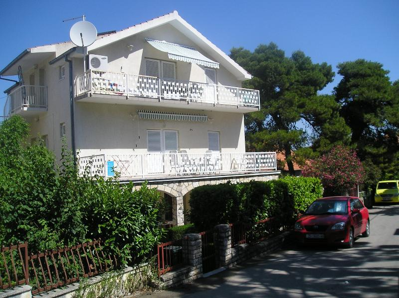 Apartment house Lucia Biograd n/m quiet and peaceful location - Nice apartments excellent peaceful location A2+2B - Biograd - rentals