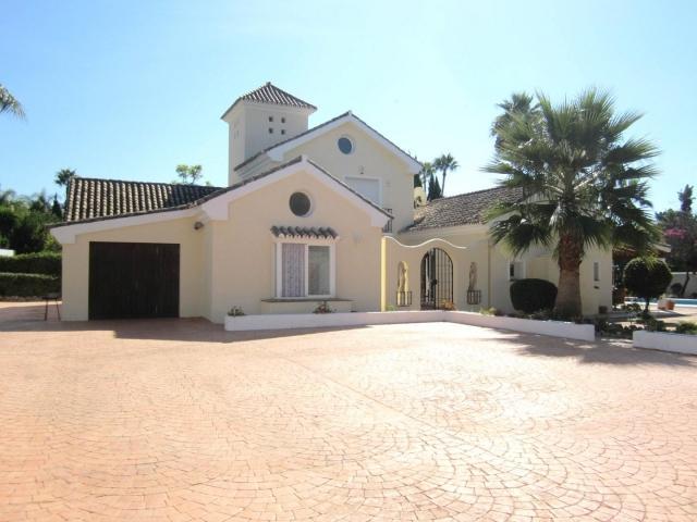 Villa Golf 42850 - Image 1 - Marbella - rentals