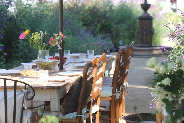 Enter our courtyard garden. - Garden & Super Lovely One Bedroom near Beach! - Santa Monica - rentals