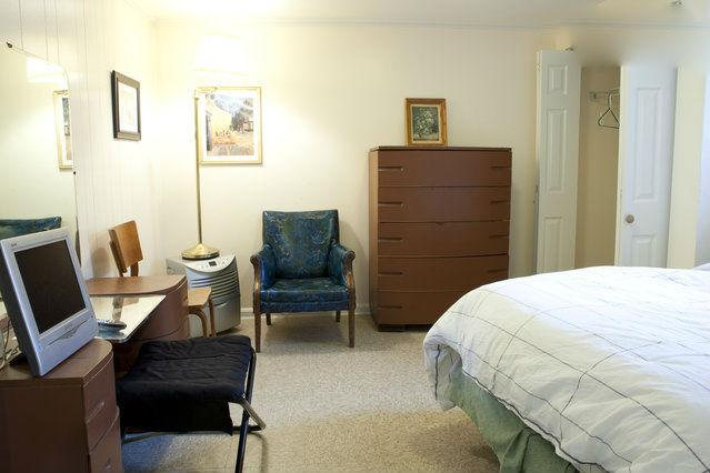 Bedroom View - Anthony;'s Bed and Breakfast - Grand Coulee - rentals