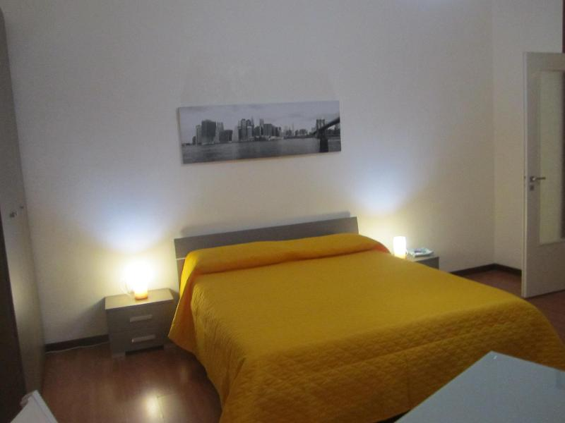 Bedroom - Casa Pì in the center of Palermo - Palermo - rentals
