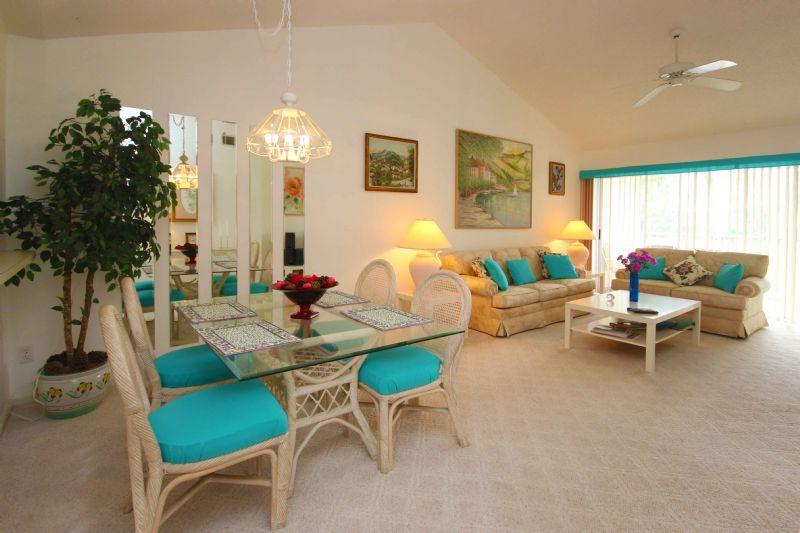 Living room - Condo unit in Lely Golf Estates Community - Naples - rentals