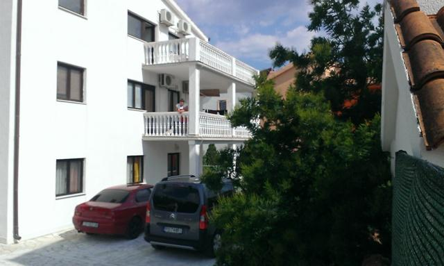 parking - Apartments Dusper-red - Okrug Gornji - rentals