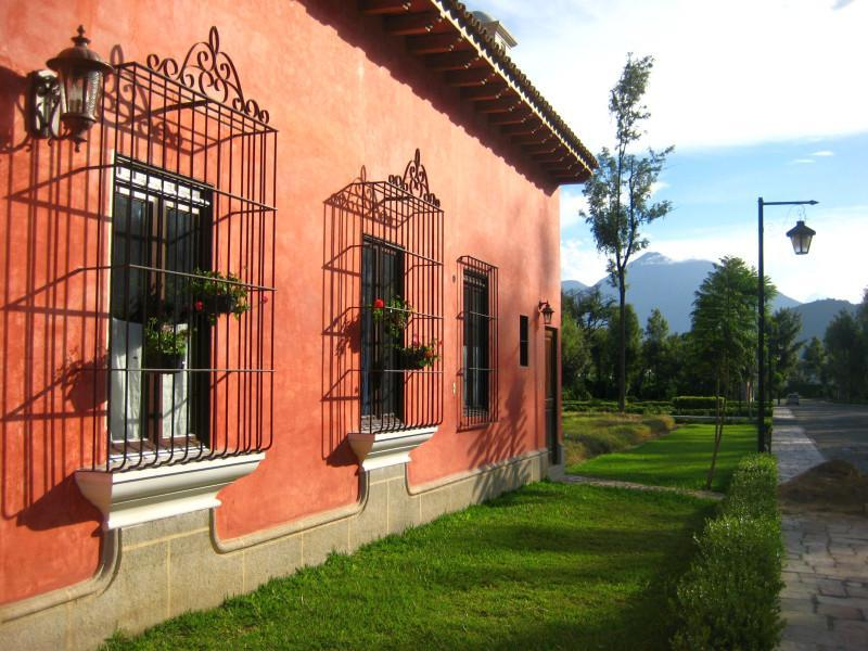 Safest gated community in Antigua Guatemala - Casa Ocho (J) - Beautifully traditional yet modern - Antigua Guatemala - rentals