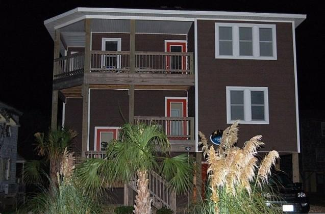 Front of Villa/Home - Nags Head Beautiful Villa, Pool,Hot Tub,Ocean View - Nags Head - rentals
