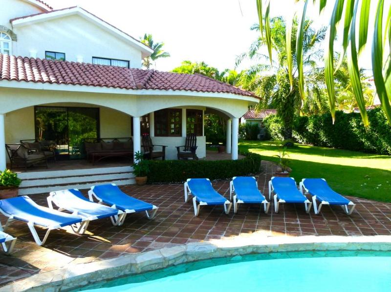 Spacious, elegant, immaculate and private - The family vacation is on...and Mom's time off!! - Puerto Plata - rentals