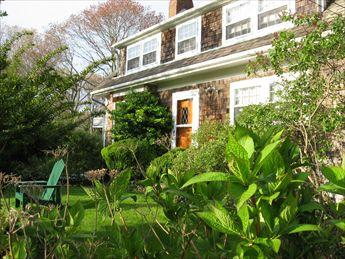 Exterior - ANTIQUE IN SIPPEWISSETT Walk to Private Beach 117743 - Falmouth - rentals