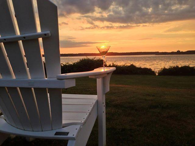 Enjoy a beautiful New England Sunset from Beavertail State Park - Jamestown Conanicut Island Retreat-The Island Life - Jamestown - rentals