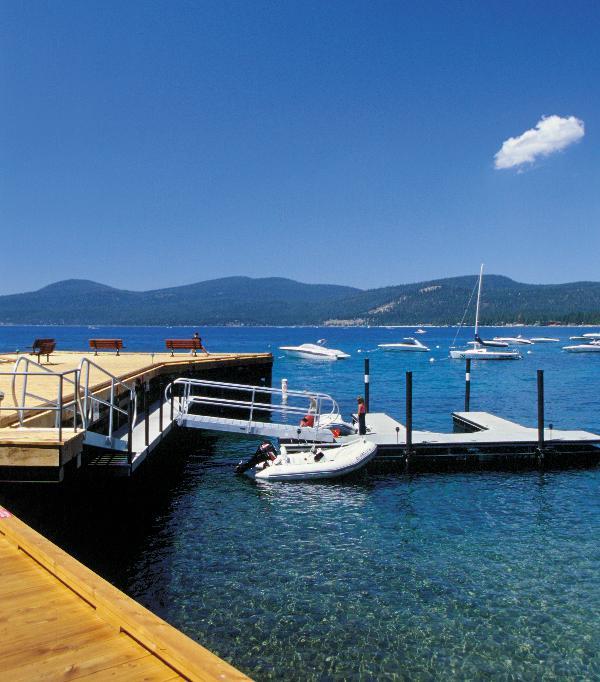 Buoys, Pier and Day-Use dock - Luxurious Brockway Springs Townhome Sleeps 12** - Brockway - rentals
