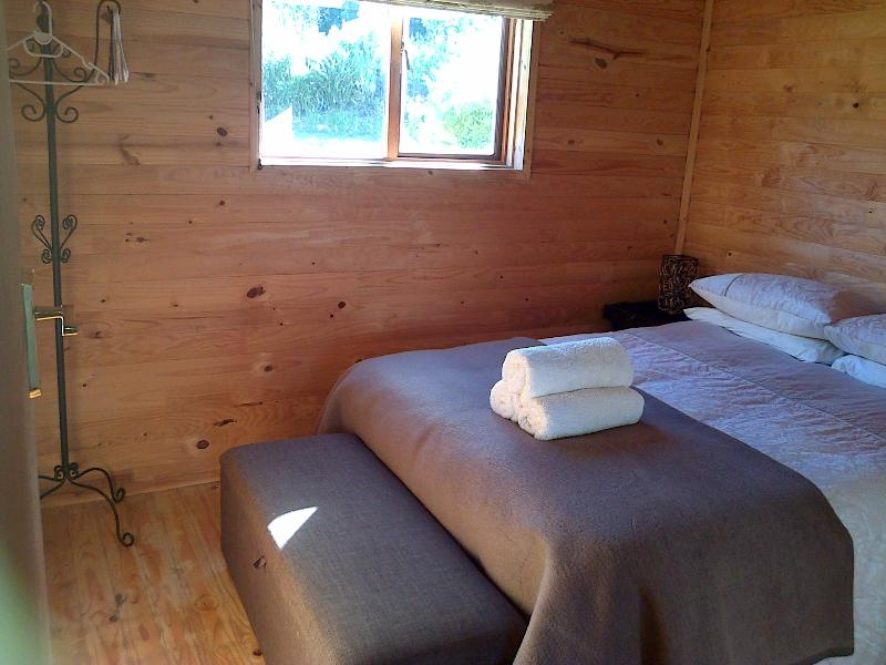 main bedroom - Cottage In Stellenbosch Winelands - Stellenbosch - rentals