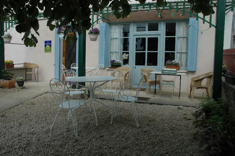 La Belle Epoque - The Belle Epoque Guest House in the heart of Burgundy - Burgundy - rentals