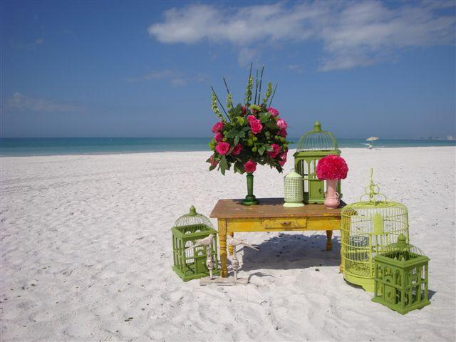 many wedding happen on Pass a Grille - (N22)Island Beach House 2ndfloor w/ Wifi & Bikes - Saint Pete Beach - rentals