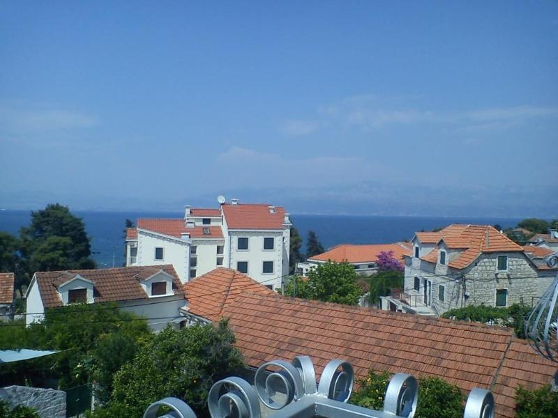balcony view - apartment Zuti*** 150 m from the beach and center - Brac - rentals