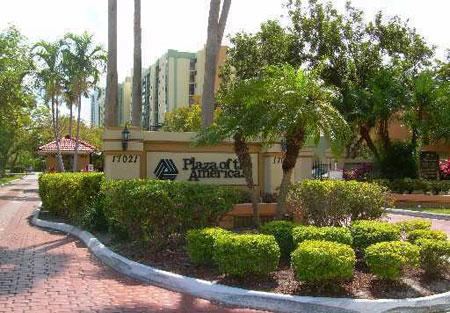 Complex Entrance - SUNNY ISLES  CONDO WITH SPECTACULAR OCEAN VIEW. - Sunny Isles Beach - rentals