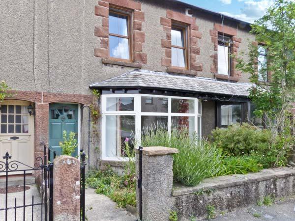 2 WEST VIEW, terraced cottage, WiFi, woodburner, close to amenities, garden, in Cartmel, Ref. 10733 - Image 1 - Cartmel - rentals