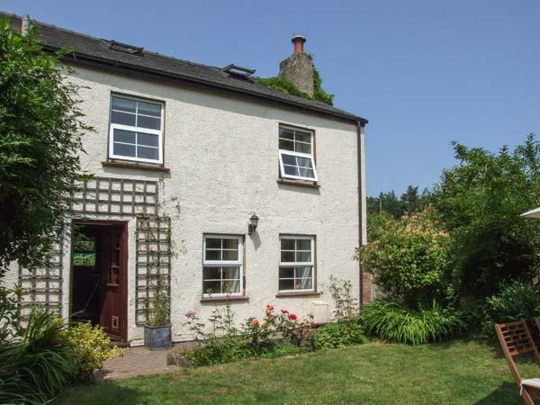 CORNERSTONE COTTAGE, pets welcome, woodburner, en-suite facilities, fantastic position for outdoor adventures, near Bream, Ref. 24194 - Image 1 - Bream - rentals