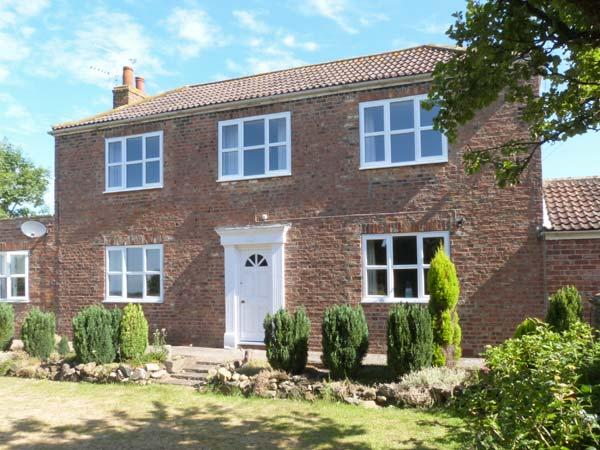 MILL FARM family friendly, en-suite bathrooms, open fire in Pocklington Ref 24515 - Image 1 - Pocklington - rentals