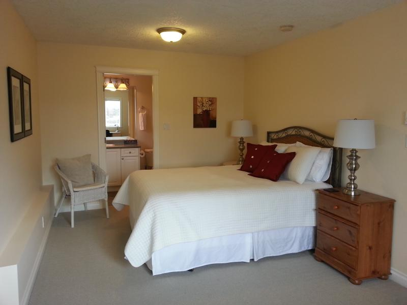 Affordable, Clean and Comfortable Accommodations - Image 1 - Victoria - rentals