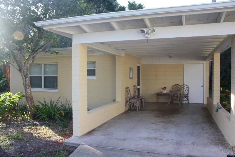 401 Oakwood Cottage - Image 1 - New Smyrna Beach - rentals