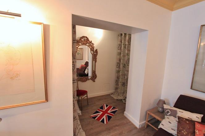 Mermoz/ Beautiful one bedroom 4P near Champs Elysées Street - Image 1 - Paris - rentals